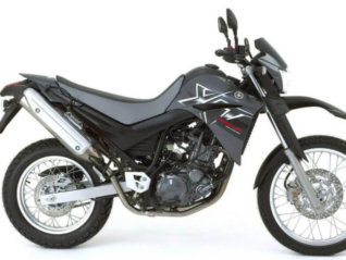 motorcycle rental YAMAHA XT 660R